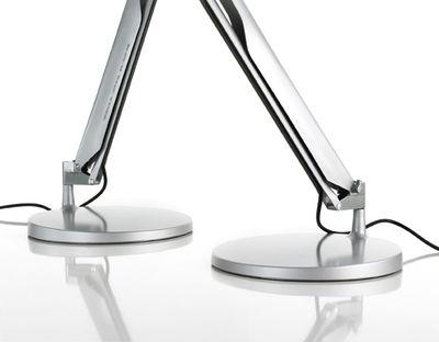 lampe de table fortebraccio interrupteur blanc luceplan. Black Bedroom Furniture Sets. Home Design Ideas
