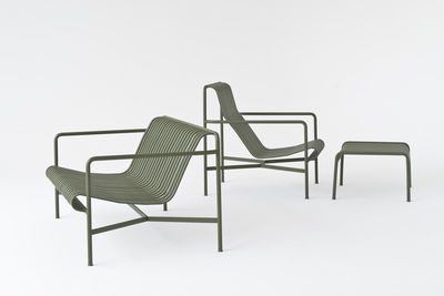 fauteuil bas palissade dossier bas r e bouroullec fauteuil anthracite hay. Black Bedroom Furniture Sets. Home Design Ideas