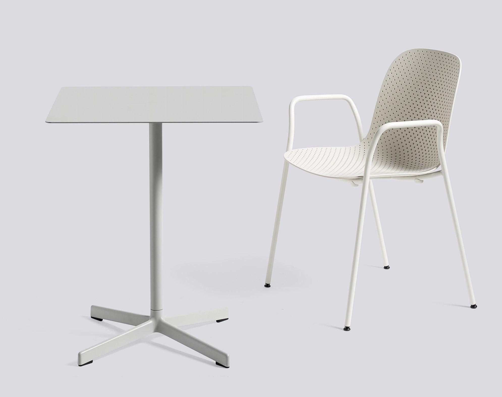 neu tisch 60 x 60 cm metall hellgrau by hay made. Black Bedroom Furniture Sets. Home Design Ideas