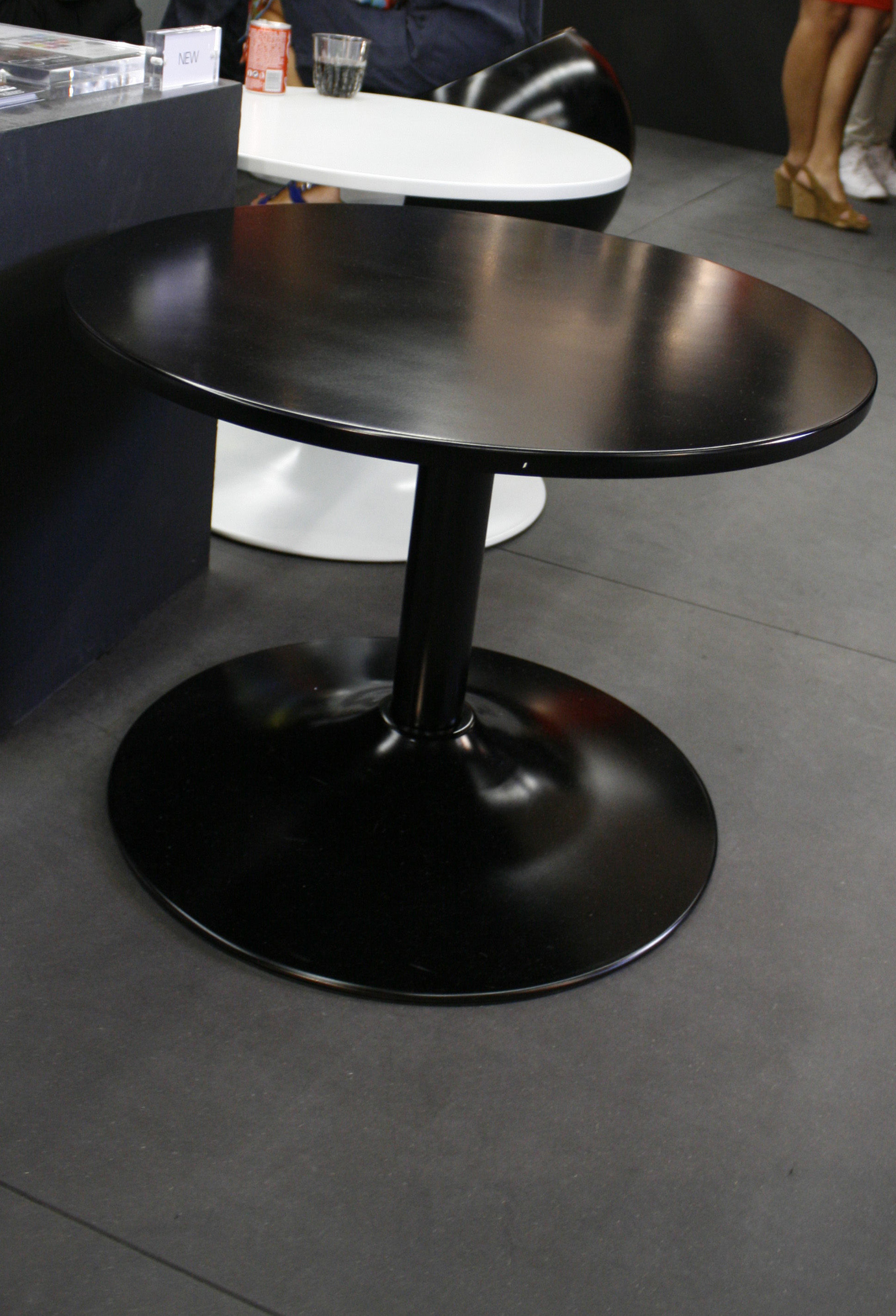 Ball table  XL Boom  Couchtis