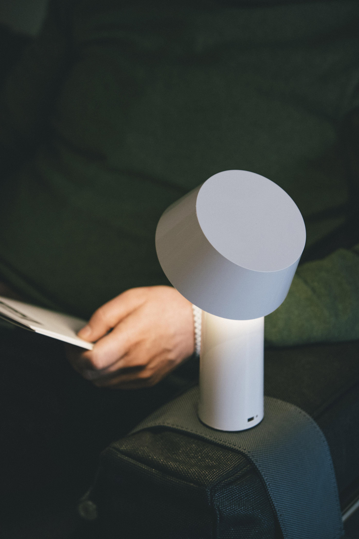 bicoca marset lampe ohne kabel. Black Bedroom Furniture Sets. Home Design Ideas