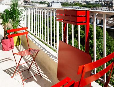 Table pliante balcon bistro rabattable 77 x 64 cm miel fermob Table balcon pliante rabattable