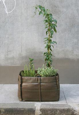 jardini re baclong geotextile outdoor 70 l 2 carr s. Black Bedroom Furniture Sets. Home Design Ideas