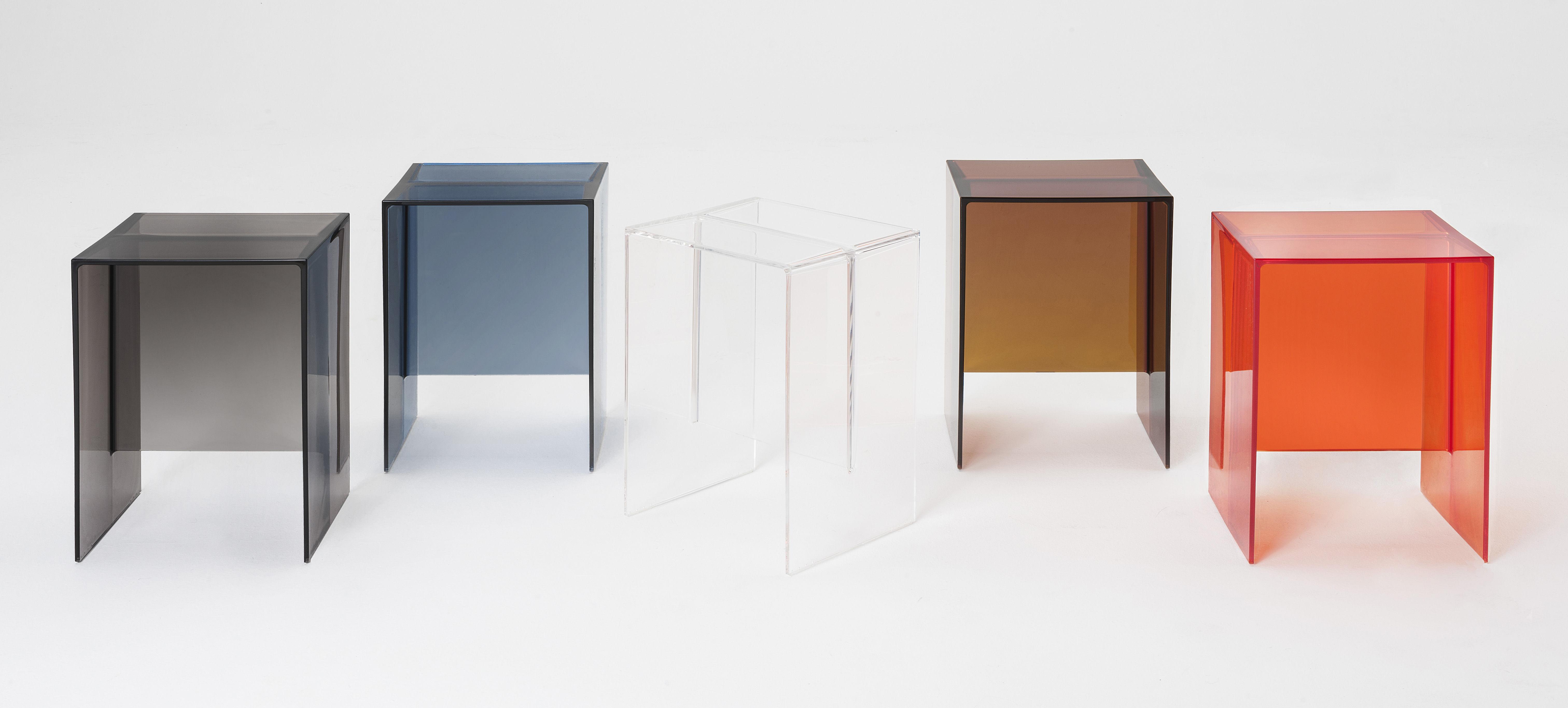 Scopri tavolino d 39 appoggio max beam sgabello 33 x 27 for Tavolino sgabello