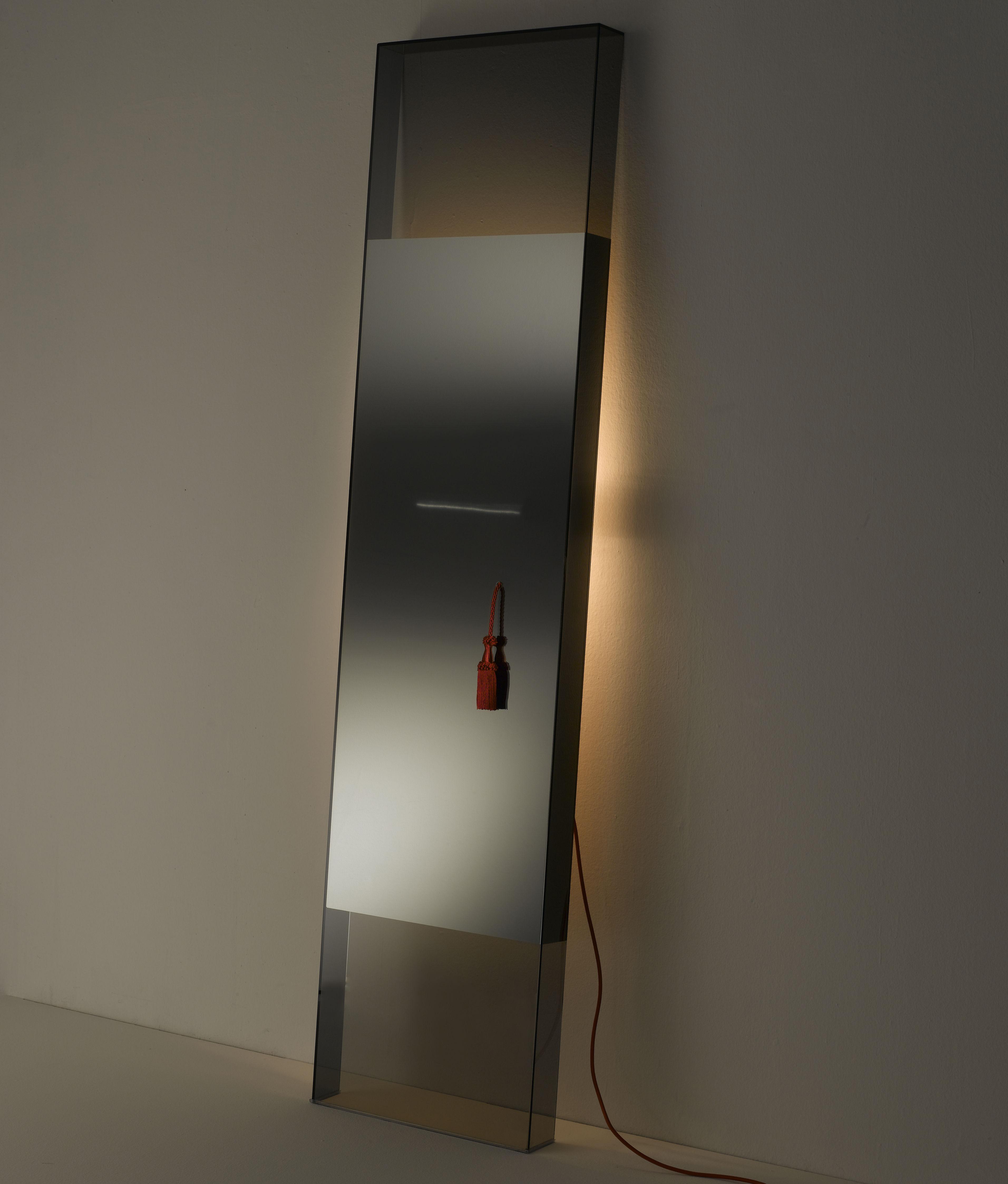 Diva mit integrierter beleuchtung glas italia spiegel for Spiegel glas