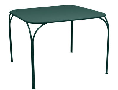 Table Kintbury 100 x 100 cm Fermob cèdre en métal