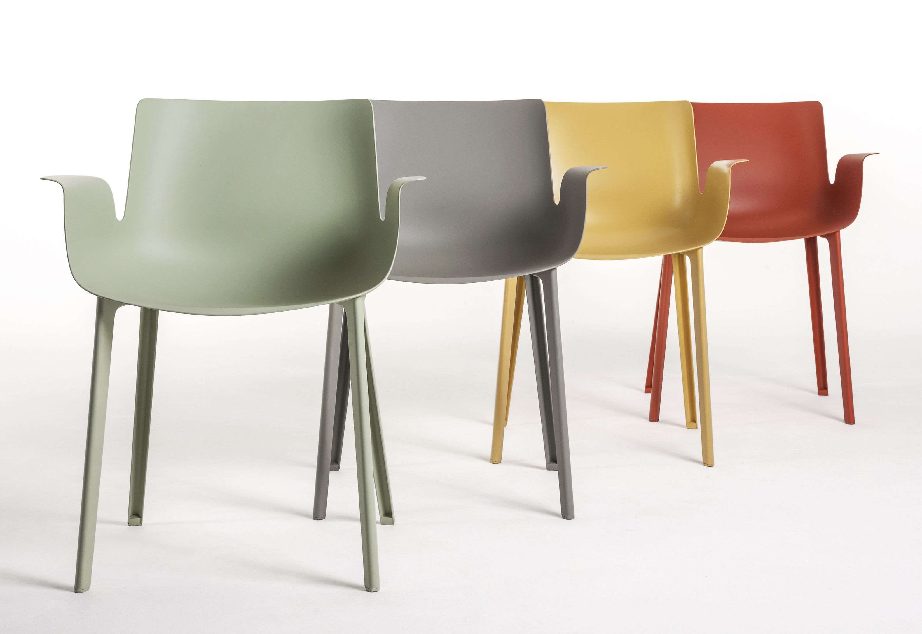 Piuma kunststoff kartell sessel for Sessel kunststoff design