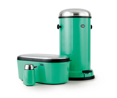 Vipp15 bin copenhagen green copenhagen green bin vipp for Green bathroom bin