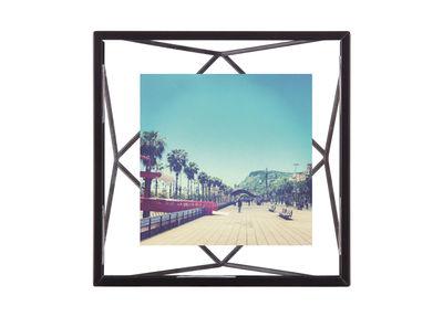 Image of Portafoto Prisma - / Photo 10 x 10 cm - da appoggiare o appendere di Umbra - Nero - Metallo