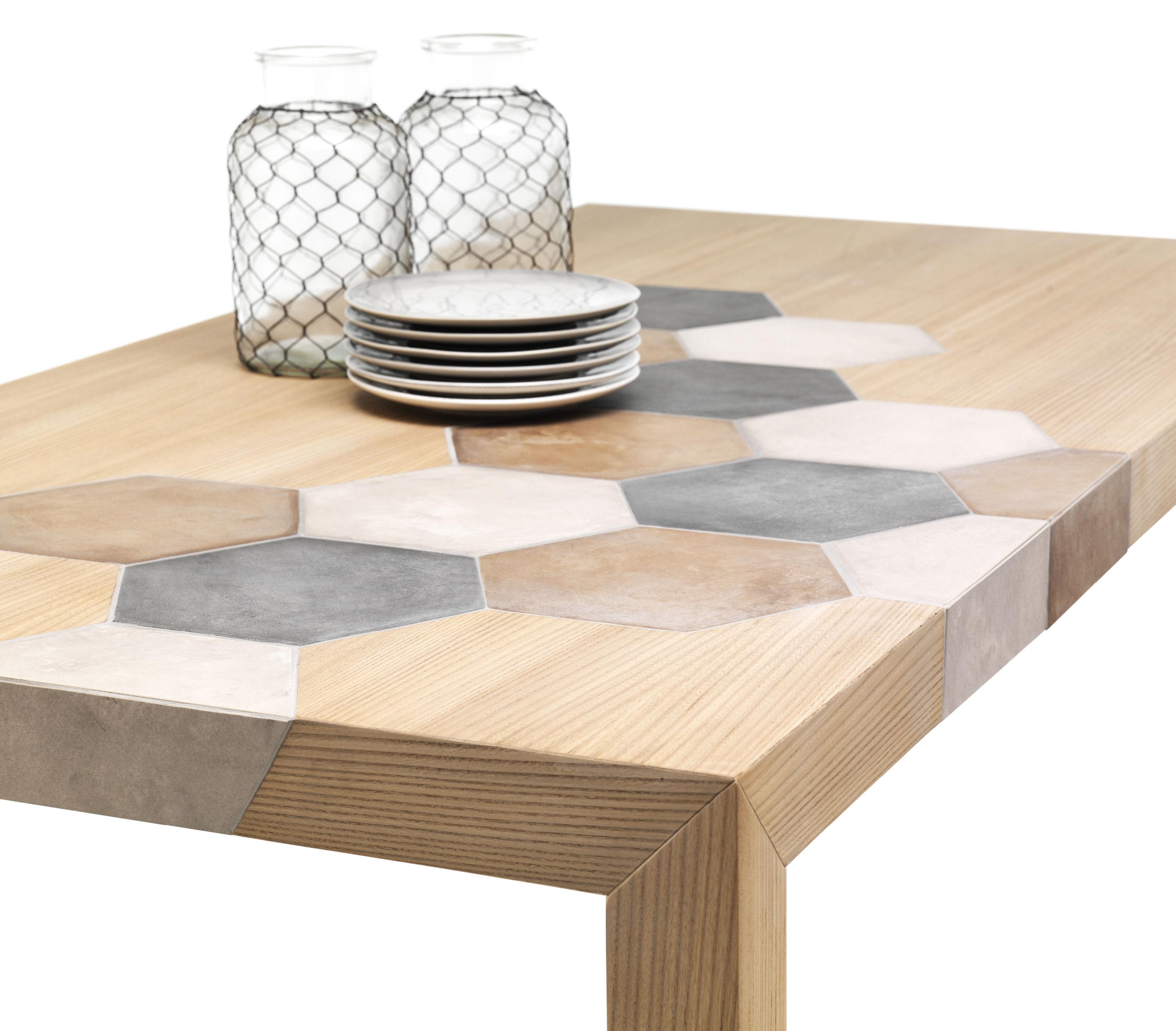 table cementino bois carreaux de ciment bois naturel. Black Bedroom Furniture Sets. Home Design Ideas