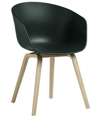 Chaise About a chair AAC22 Plastique pieds bois Hay bois naturel,vert bouteille en matière plastique