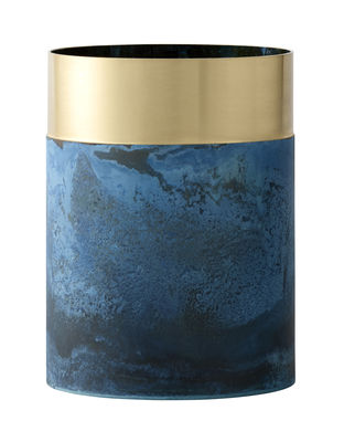 Interni - Vasi - Vaso True Colour LP5 - / Ottone - Ø 10 x  H 14 cm di &tradition - Ottone & blu - Ottone