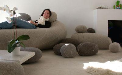 Cuscini Sasso.Cuscino Pierre Livingstones Di Smarin Grigio Made In Design