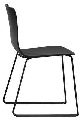 Furniture - Chairs - Aava Stackable chair - Aava Sledge leg by Arper - Black / Black leg - Lacquered steel, Polypropylene