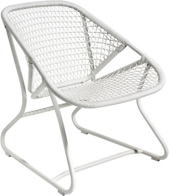 Furniture - Armchairs - Sixties Low armchair by Fermob - White - Aluminium, Plastic material