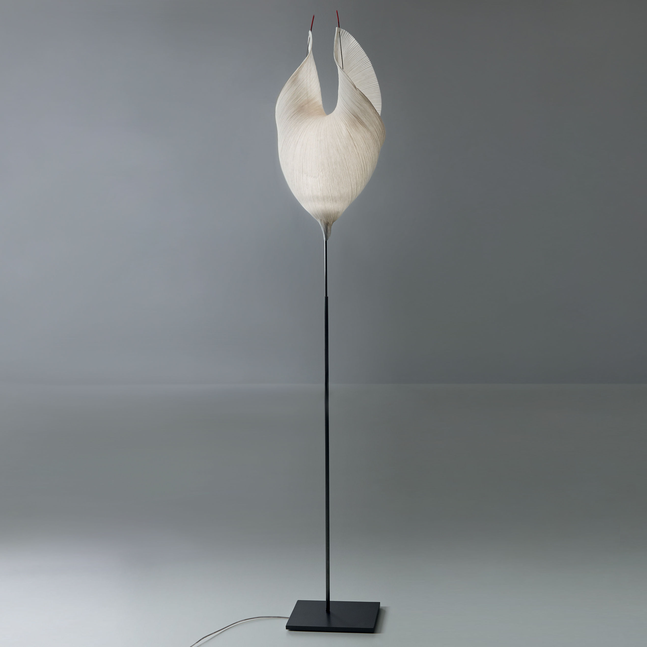 Lighting - Floor lamps - The MaMo Nouchies LED Floor lamp - / Babadul by Ingo Maurer - Beige - Japanese paper, Lacquered metal