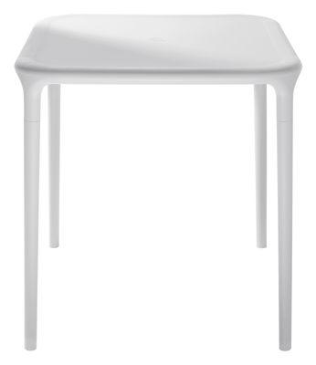 Outdoor - Tavoli  - Tavolo quadrato Air-Table di Magis - Bianco 65 x 65 cm - Polipropilene