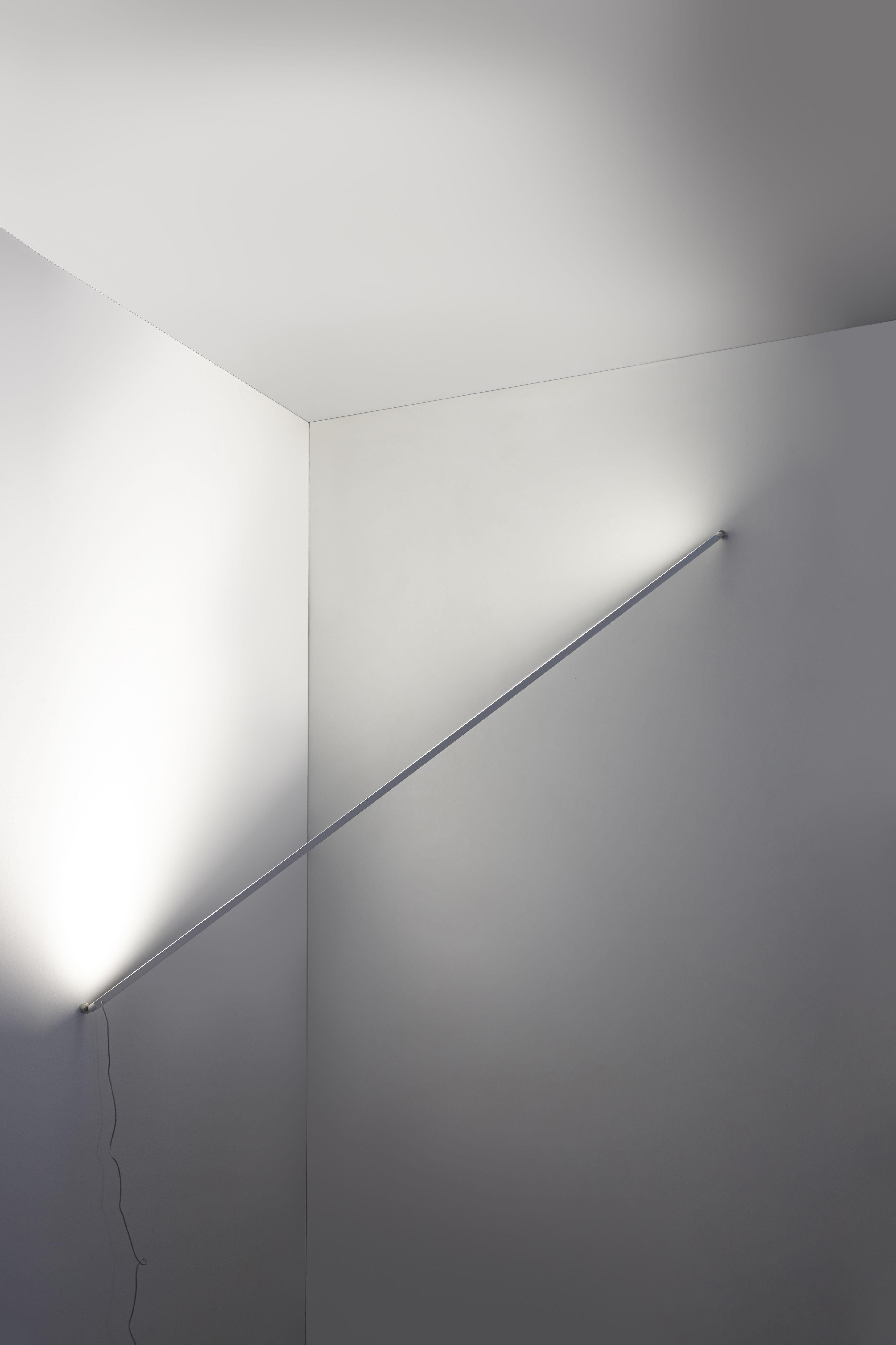 flashit led l 150 cm artemide wandleuchte. Black Bedroom Furniture Sets. Home Design Ideas