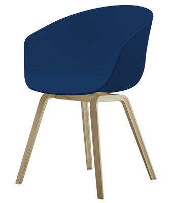 Mobilier - Chaises, fauteuils de salle à manger - Fauteuil About a chair AAC22 / Plastique & pieds bois - Hay - Bleu / Pieds bois naturel - Chêne naturel, Polypropylène
