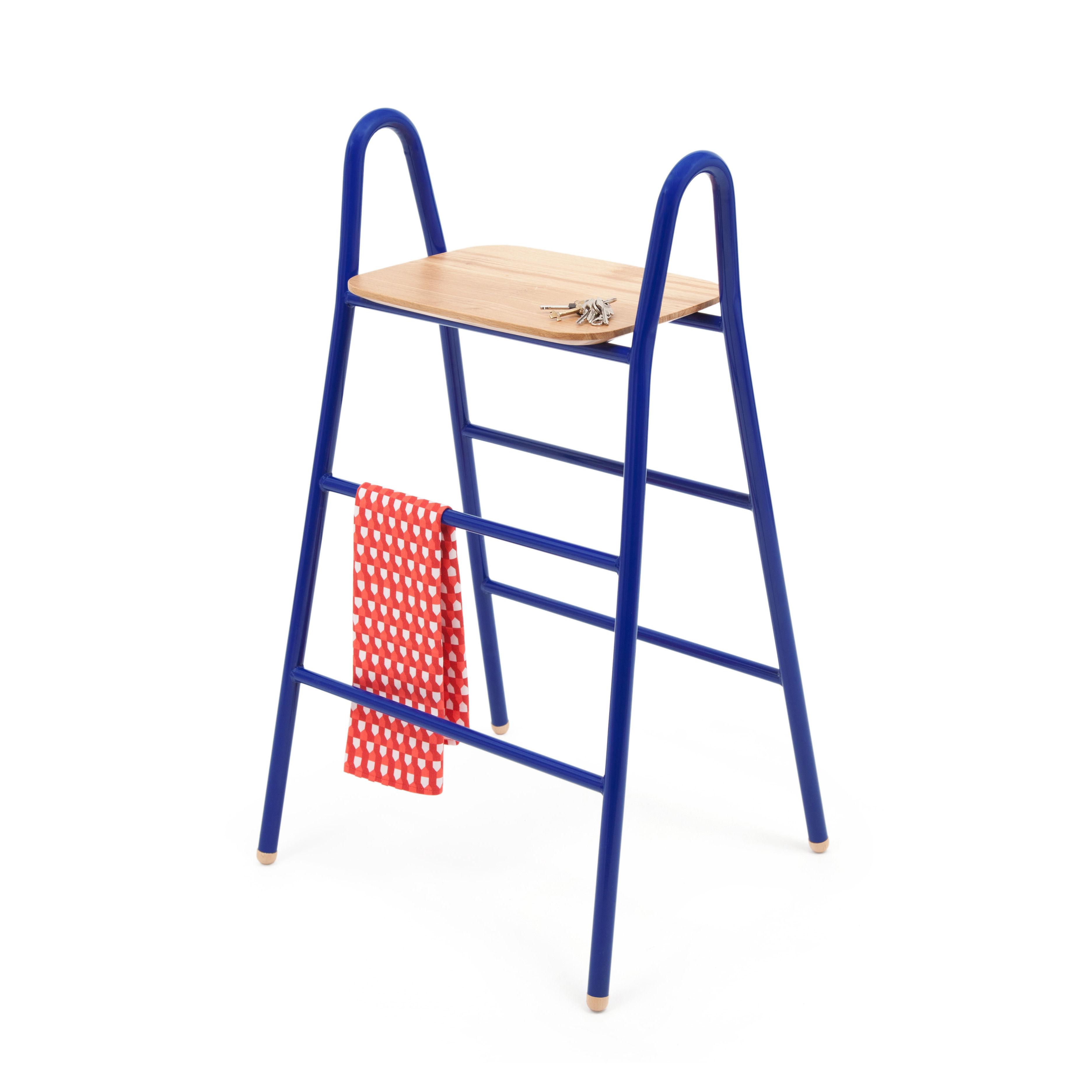 tabouret de bar lucien hart bleu made in design. Black Bedroom Furniture Sets. Home Design Ideas