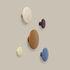 Appendiabiti The Dots Wood - / XSmall - Ø  6,5 cm di Muuto