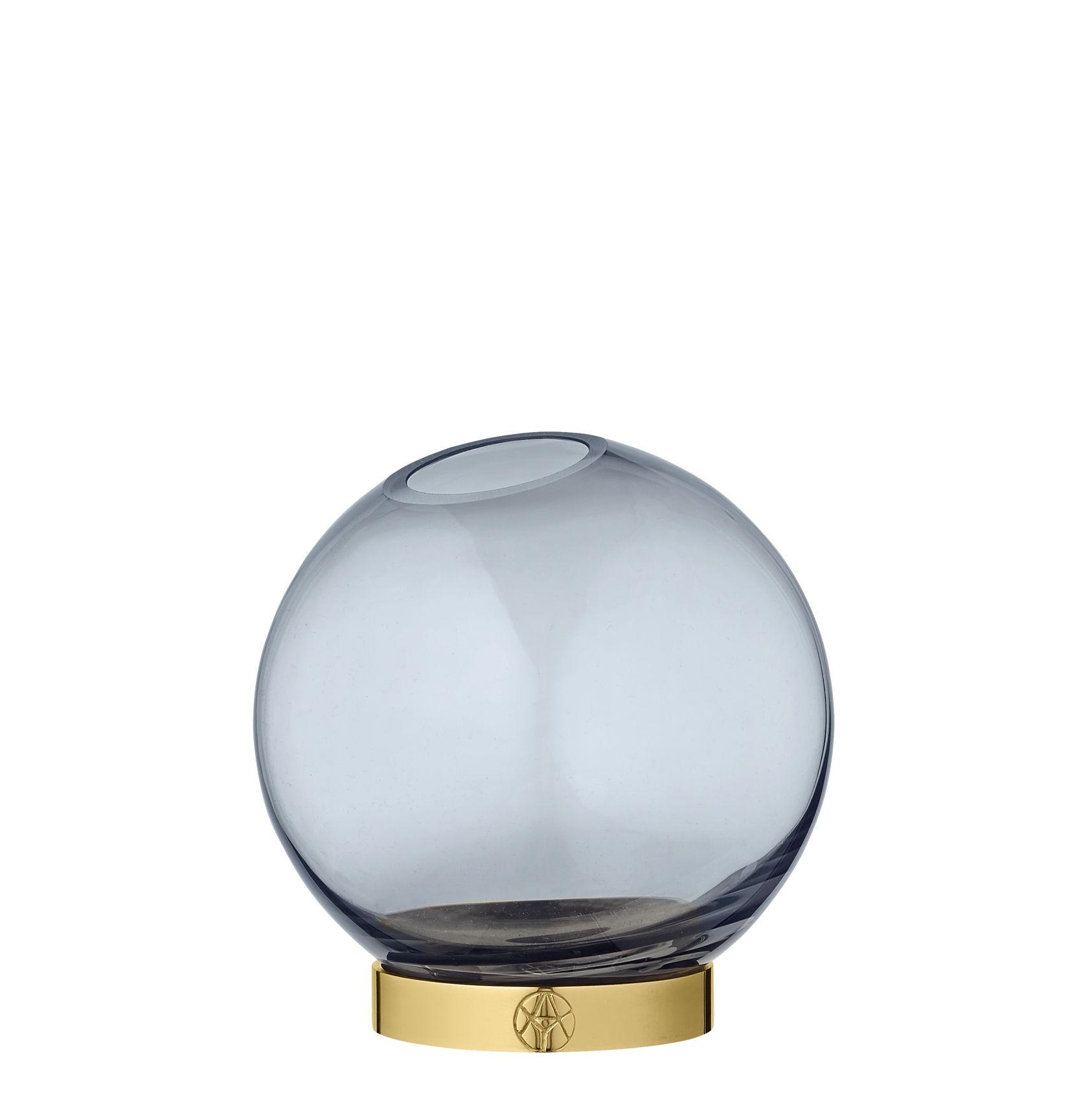 Decoration - Vases - Globe Small Vase - / Ø 10 cm - Glass & brass by AYTM - Ø 10 cm / Blue & brass - Blown glass, Brass