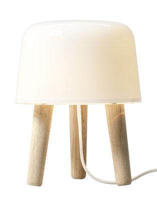 Leuchten - Tischleuchten - Milk Tischleuchte - &tradition - Weiß / Holz natur / Stromkabel weiß - massive Eiche, mundgeblasenes Glas