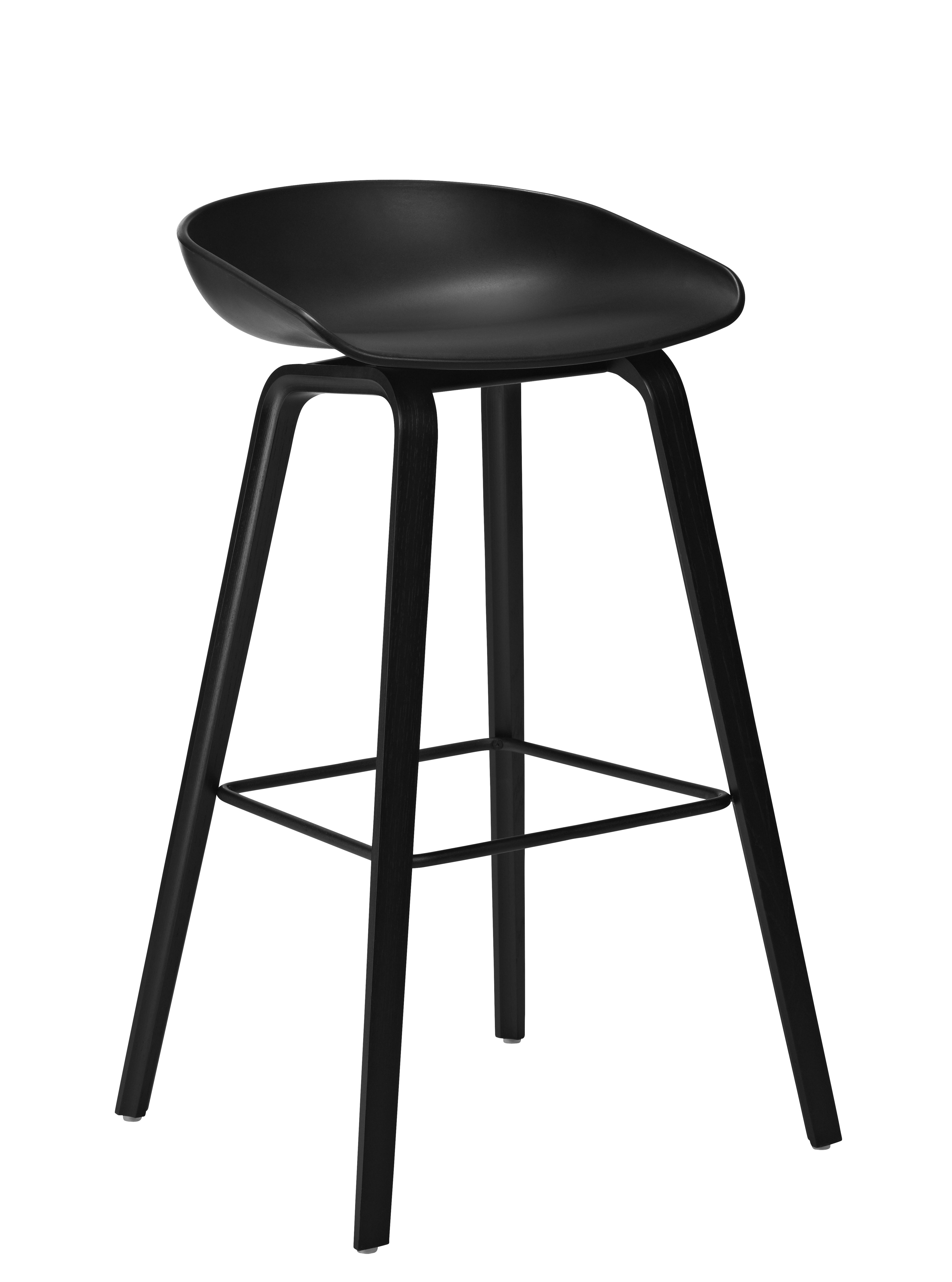 Mobilier - Tabourets de bar - Tabouret de bar About a stool AAS 32 / H 65 cm - Plastique & pieds bois - Hay - Noir / Pieds noirs - Frêne naturel, Polypropylène
