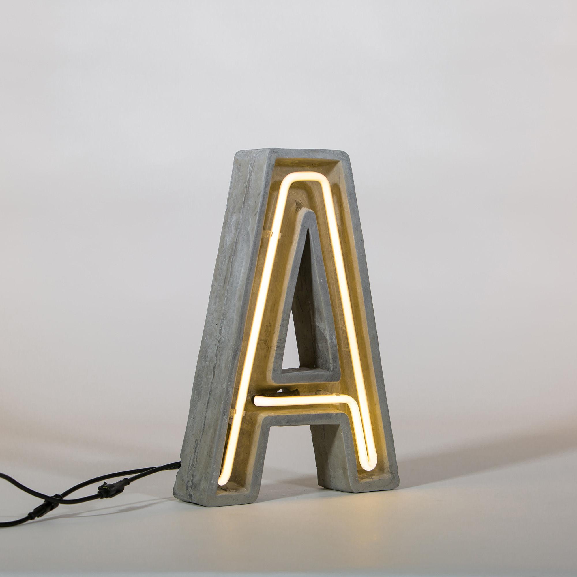 Leuchten - Tischleuchten - Néon Alphacrete Tischleuchte / Buchstabe A - Seletti - Buchstabe A - Glas, Zement