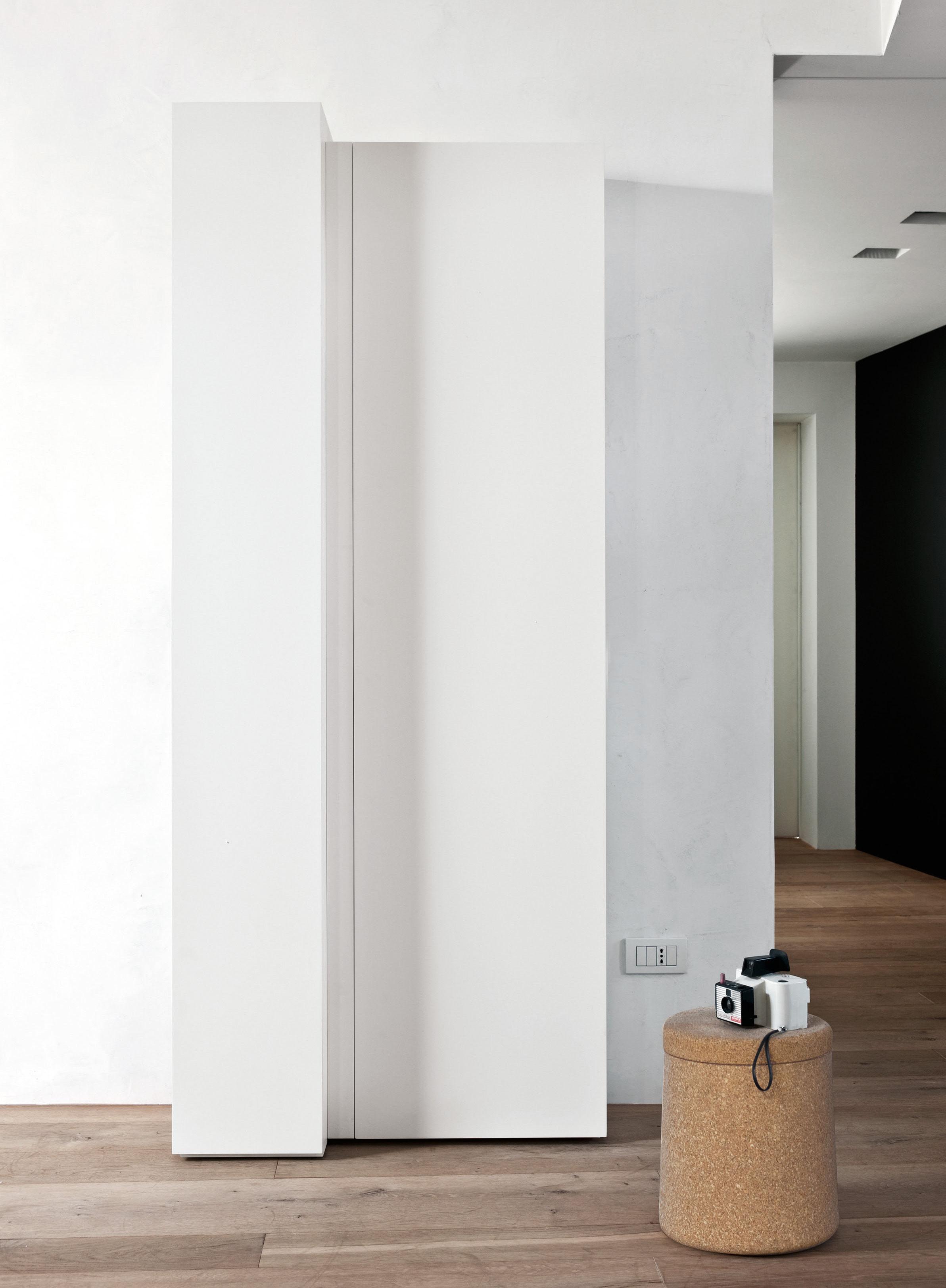 Arredamento - Scaffali e librerie - Libreria Blio - / Elemento E - L 95 x H 212 cm di Kristalia - Laccato bianco - MDF laccato
