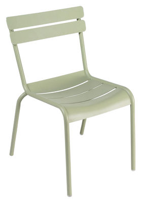 Life Style - Luxembourg Stacking chair by Fermob - Willow green - Lacquered aluminium