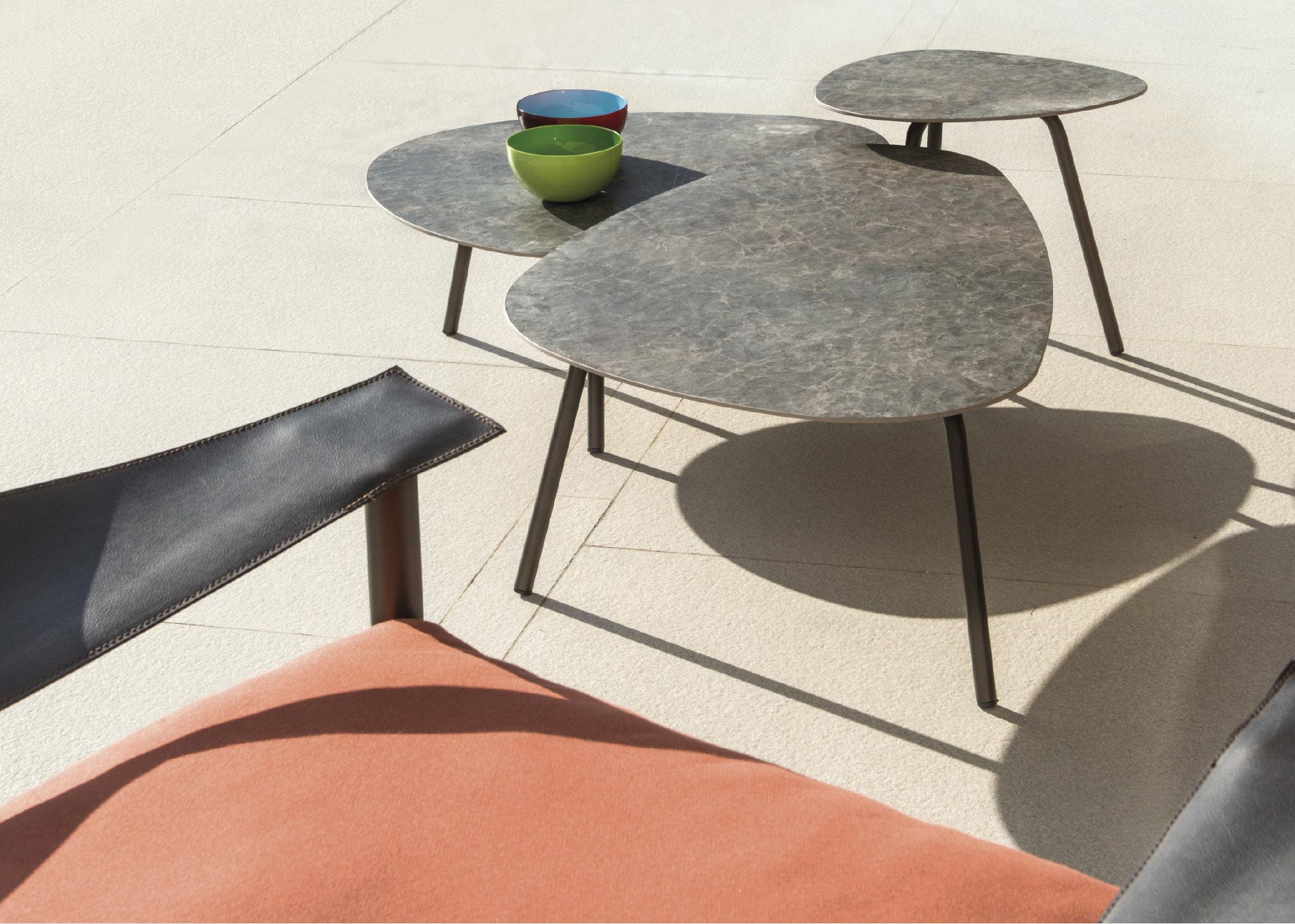 table basse terramare emu effet b ton anthracite pieds. Black Bedroom Furniture Sets. Home Design Ideas