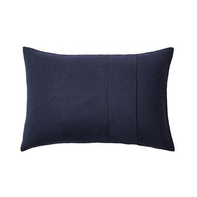 Déco - Coussins - Coussin Layer / Laine baby lama tricotée main - 60 x 40 cm - Muuto - Bleu nuit -  Plumes, Coton, Laine baby lama