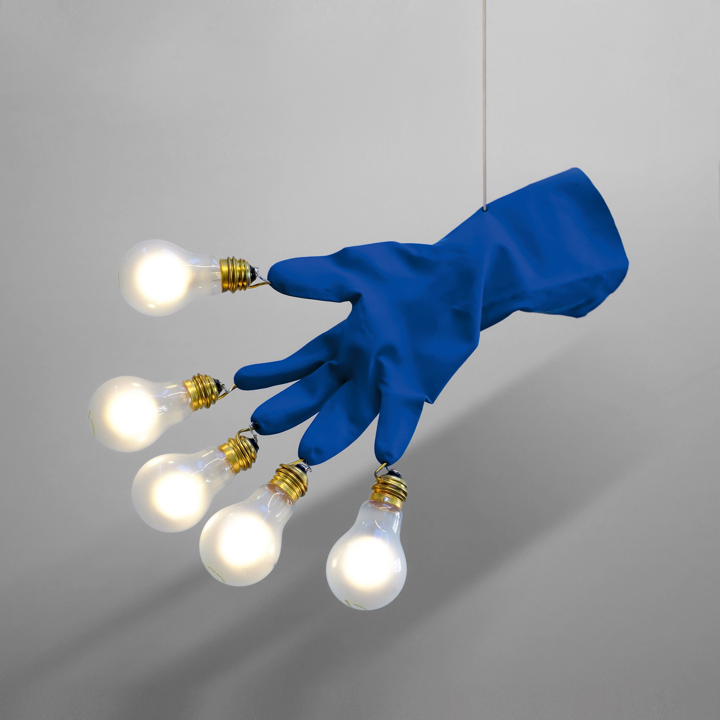 Lighting - Pendant Lighting - Luzy Take Five Pendant - / LED - 5 bulbs by Ingo Maurer - Blue - Brass, Glass, Plastique haute résistance, Steel
