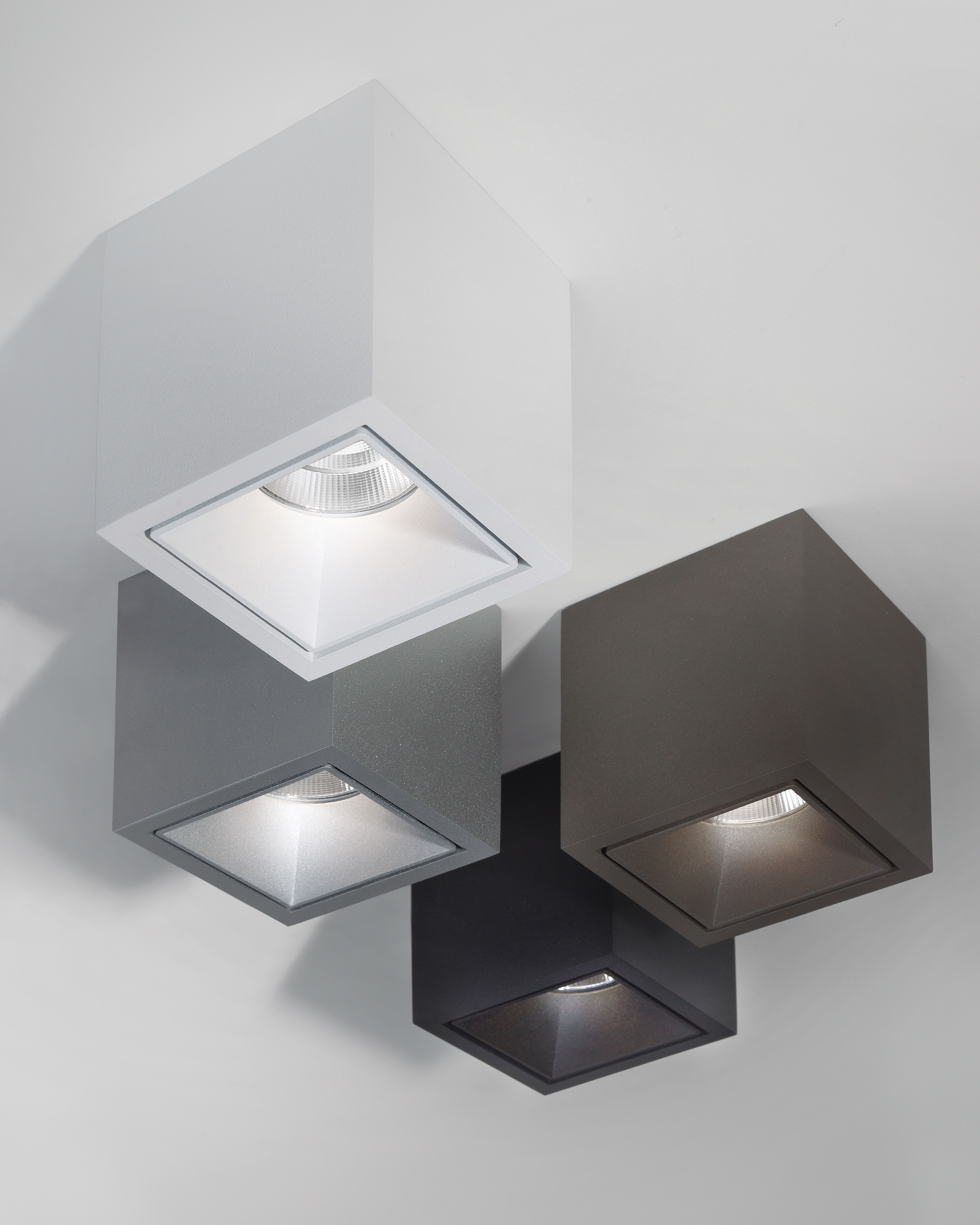 Plafonnier Boxy Led Delta Light Blanc H 9 Made In Design