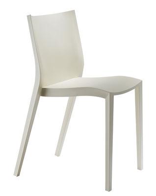 Möbel - Stühle  - Slick slick Stapelbarer Stuhl von Philippe Starck - XO - Elfenbein - Polypropylen