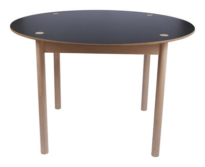 Maison et Objet - Minimalisme - C44 Round table - Ø 110 cm - Toggle top by Hay - Natural wood / Reversed top : black / white - Laminated MDF, Natural beechwood