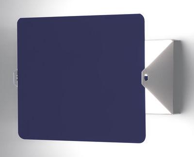 Luminaire - Appliques - Applique avec prise à volet pivotant E14 / Charlotte Perriand, 1962 - Nemo - Blanc / Plaque pivotante bleue - Aluminium peint, Métal peint