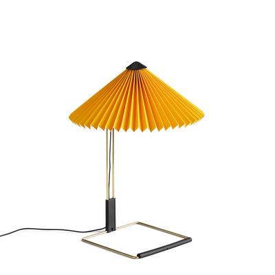 Illuminazione - Lampade da tavolo - Lampada da tavolo Matin Small - / LED - H 38 cm - Tessuto & metallo di Hay - Giallo / Ottone lucidato - Acciaio con finitura in ottone, Cotone pieghettato