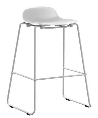 Tabouret de bar Form empilable / Pied métal - H 75 cm - Normann Copenhagen blanc en matière plastique