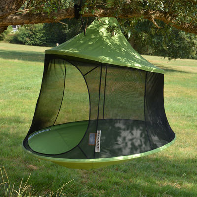 Outdoor - Sun Loungers & Hammocks - Reto Hanging armchair - / Tent - Ø 150 cm - 1 person by Cacoon - Green - Cloth