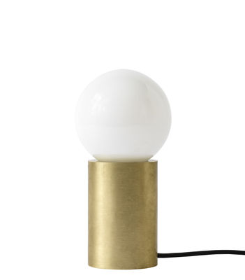 Illuminazione - Lampade da tavolo - Lampada da tavolo Socket / H 18 cm - Ottone - Menu - Ottone - Ottone massiccio