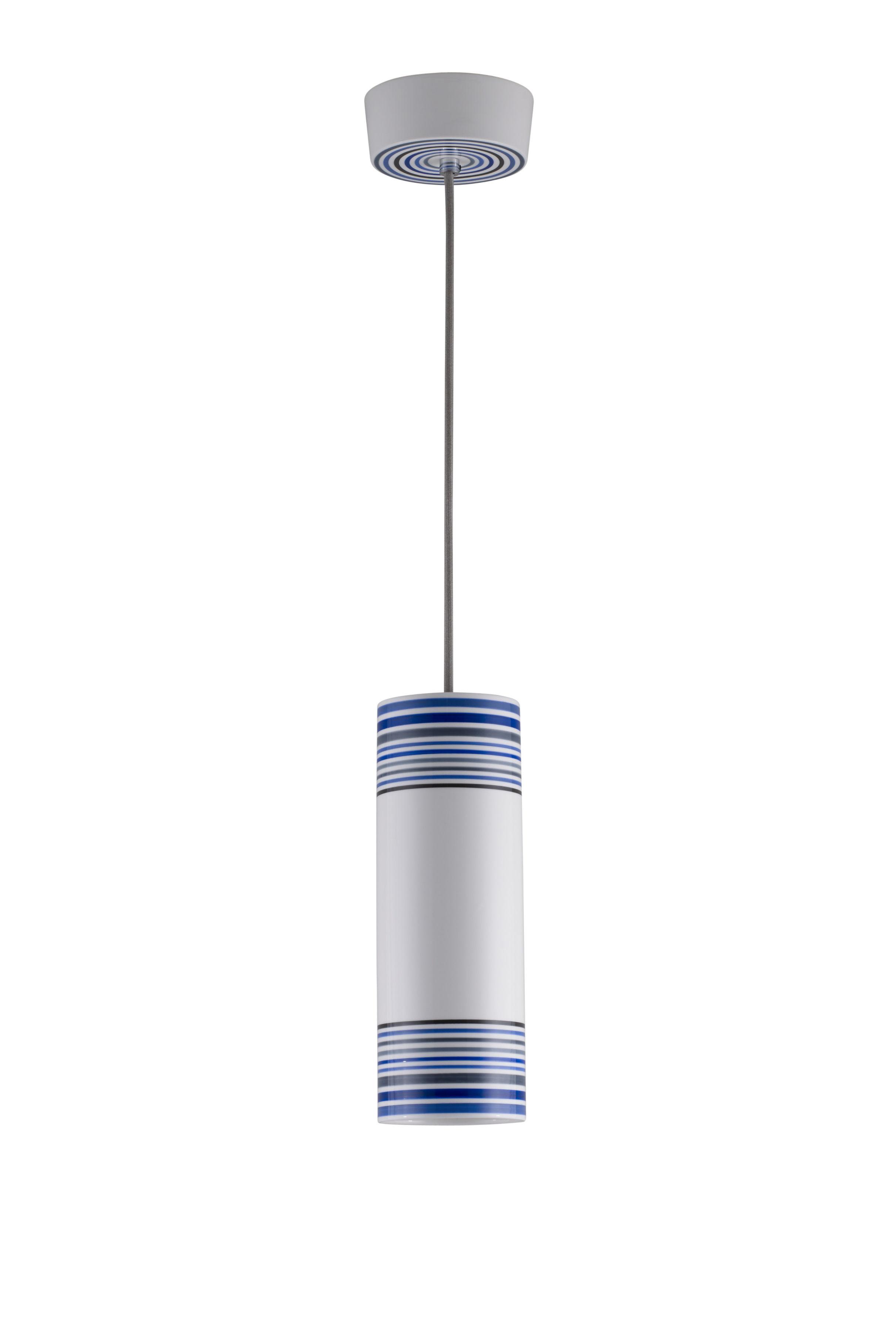 Leuchten - Pendelleuchten - May Pendelleuchte / handbemalt - Ø 10 cm x H 28 cm - Original BTC - Größe 1 / Streifen blau - Porzellan