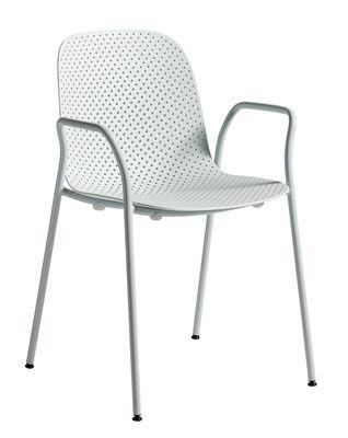 Mobilier - Chaises, fauteuils de salle à manger - Fauteuil empilable 13eighty / Plastique perforé - Hay - Bleu pâle - Acier laqué époxy, Polypropylène perforé
