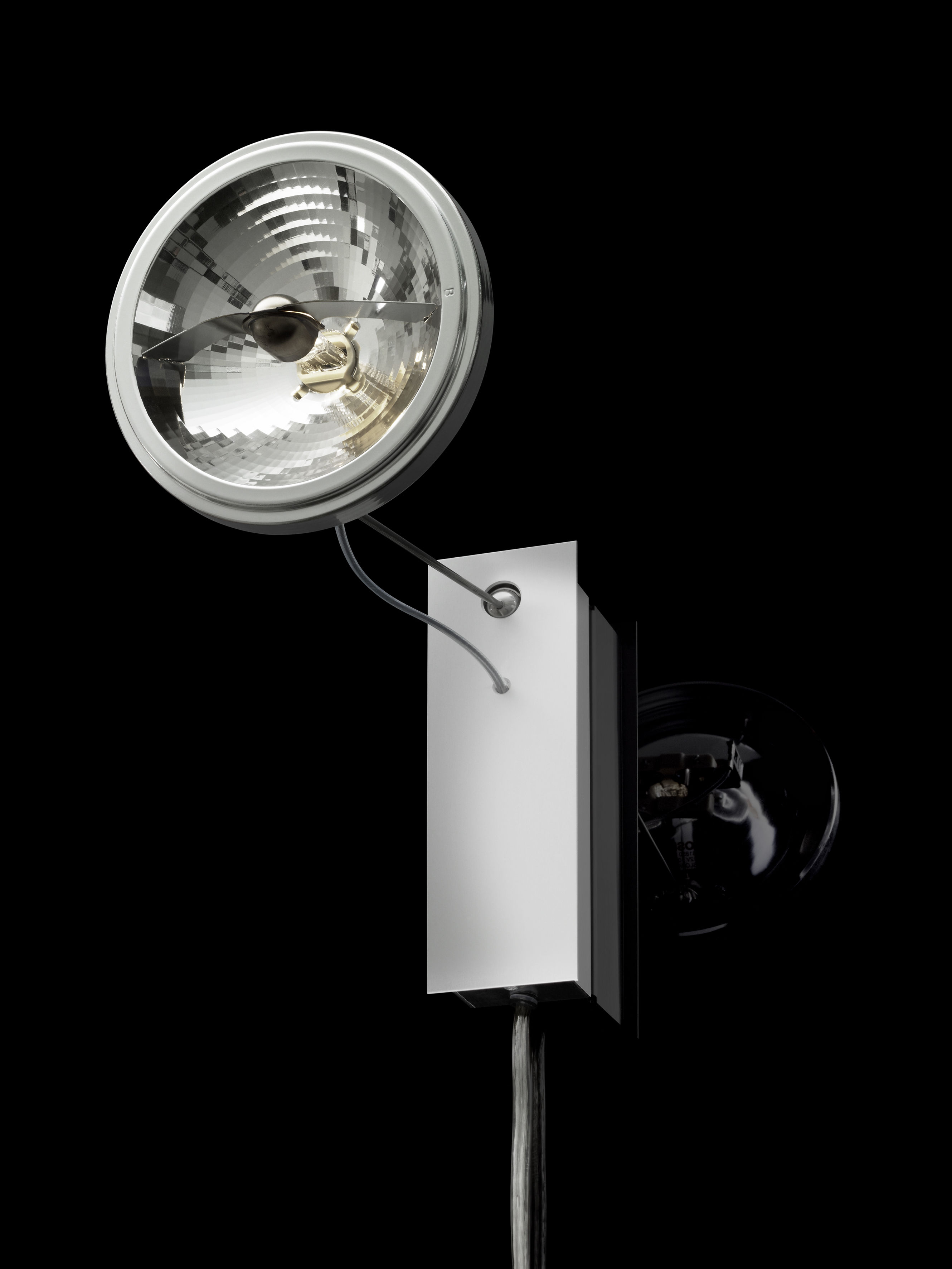 Lighting - Wall Lights - Use me W. Wall light with plug - Wall lamp by Ingo Maurer - Aluminium & steel - Steel