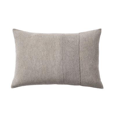 Déco - Coussins - Coussin Layer / Laine baby lama tricotée main - 60 x 40 cm - Muuto - Gris clair -  Plumes, Coton, Laine baby lama