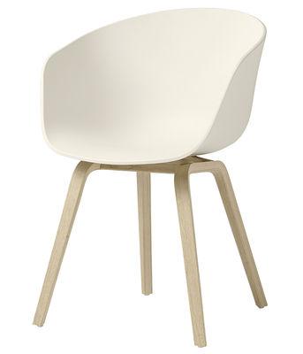 Mobilier - Chaises, fauteuils de salle à manger - Fauteuil About a chair AAC22 / Plastique & pieds bois - Hay - Blanc crème / Pieds bois naturel - Chêne naturel, Polypropylène