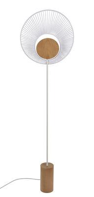 Lampadaire Oyster / H 145 cm - Base chêne - Forestier blanc/bois naturel en tissu/bois