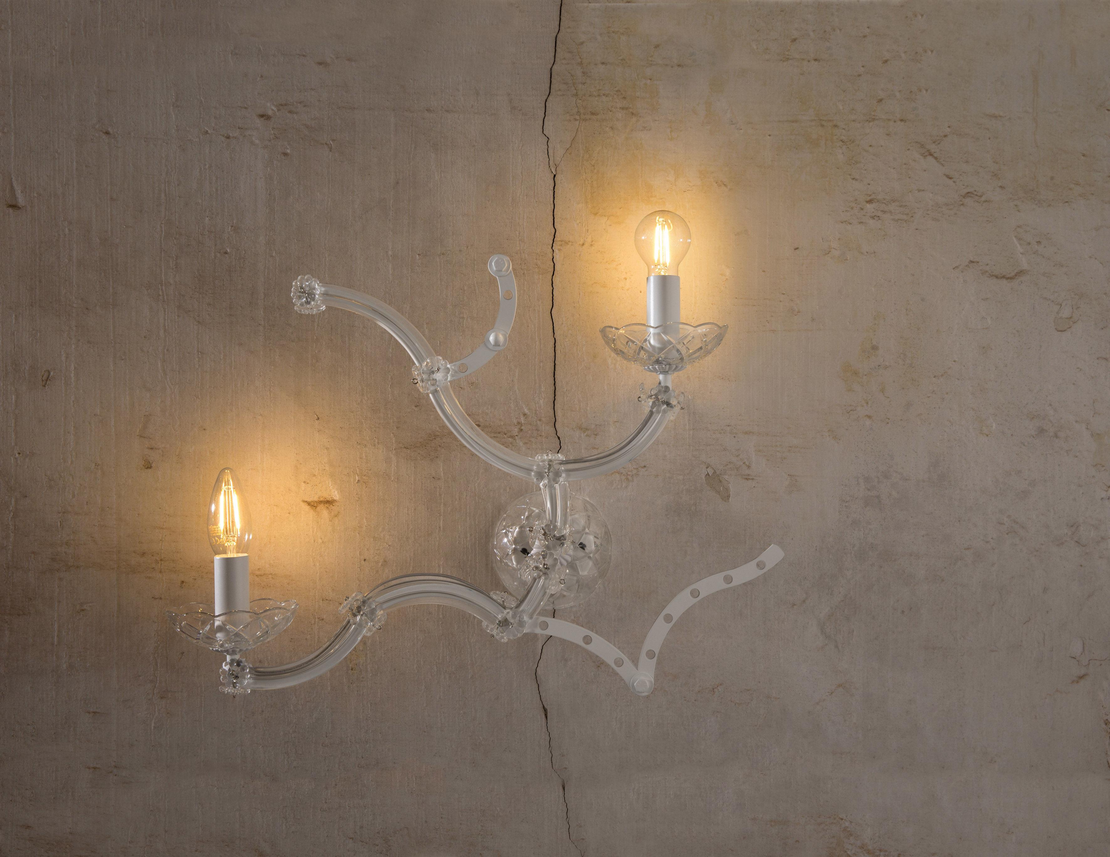 Applique vetro nero a lampada da parete con riccioli in vetro