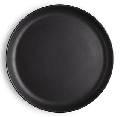 assiette plate nordic kitchen eva solo 22 cm noir mat 22 made in design. Black Bedroom Furniture Sets. Home Design Ideas